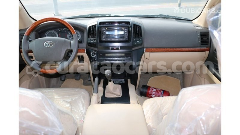 Big with watermark toyota land cruiser curacao import dubai 1226