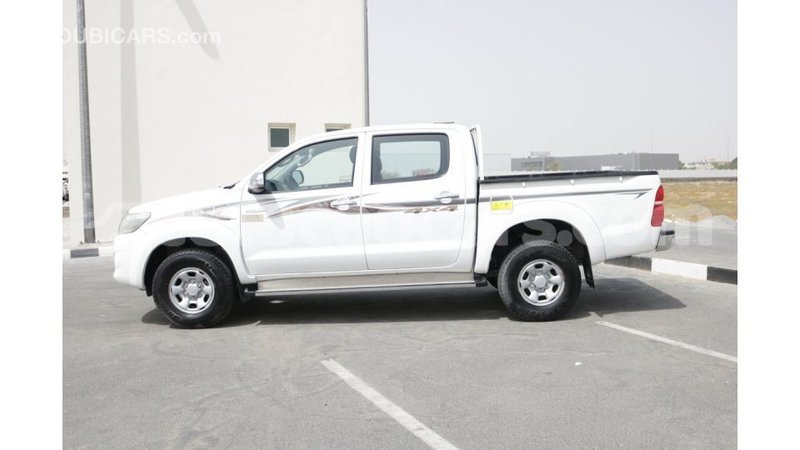 Big with watermark toyota hilux curacao import dubai 1227