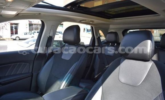 Buy Used Ford Edge White Car in Willemstad in Curacao