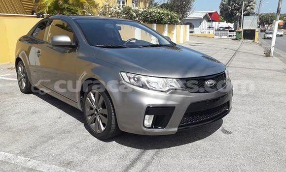 Buy Used Kia Cerato Silver Car in Willemstad in Curacao