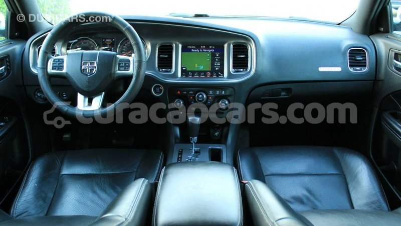 Big with watermark dodge charger curacao import dubai 3380
