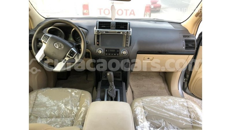 Big with watermark toyota prado curacao import dubai 3530