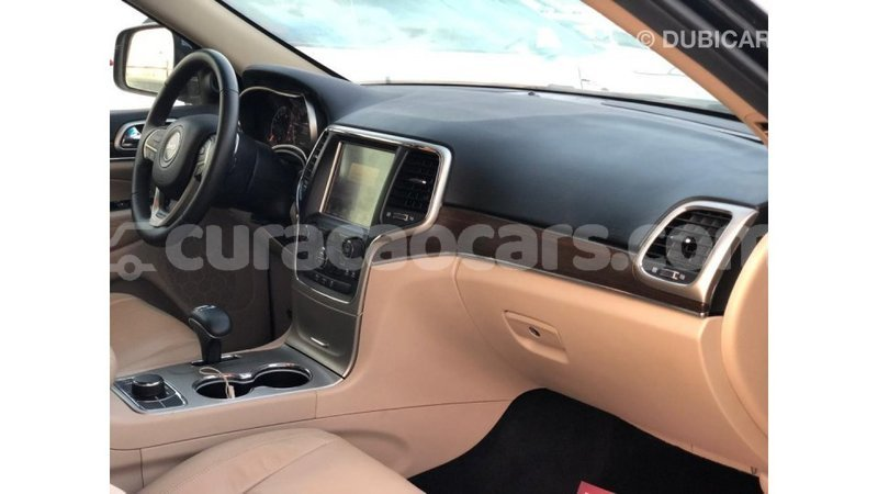 Big with watermark jeep grand cherokee curacao import dubai 3793