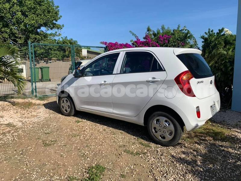 Big with watermark kia picanto curacao barber 3858
