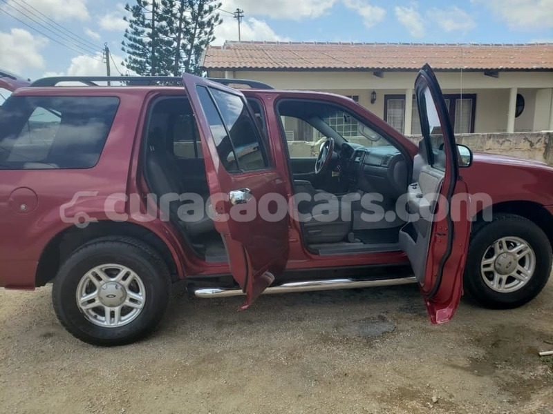 Big with watermark ford explorer curacao barber 3861