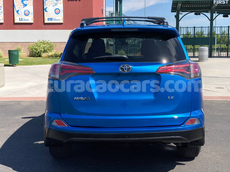 Big with watermark toyota rav4 curacao willemstad 3874