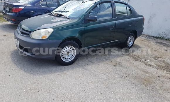 Buy Used Toyota Yaris Green Car in Willemstad in Curacao